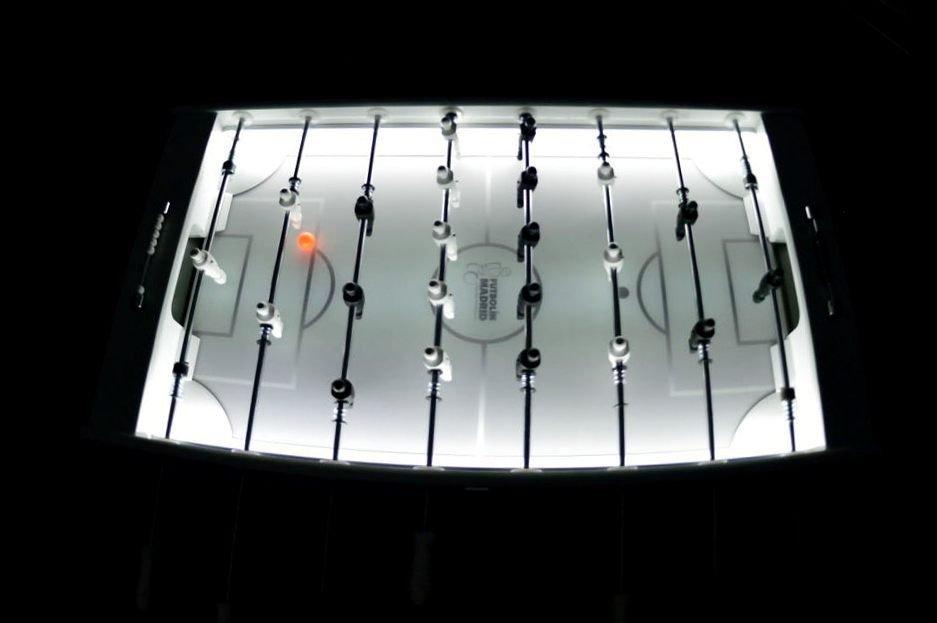 futbolin-de-diseno-con-luz-2
