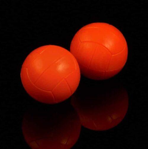 Bola naranja futbolín de madera