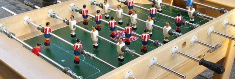 futbolín de madera modelo Madrid