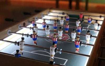 Alquiler de futbolines de madera con led
